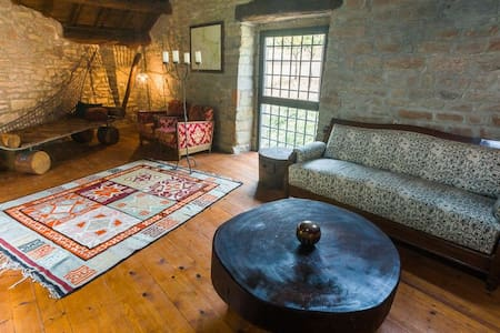 A Suite above the creek stunning Tuscany landscape - Marradi - Bed & Breakfast