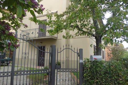 """""""LIBRI IN VALIGIA"""" - Apartamento"""