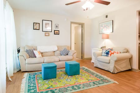 Charming Room in Central Wilmington