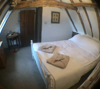 Little Tudor Cranbrook Kent - Bed & Breakfast