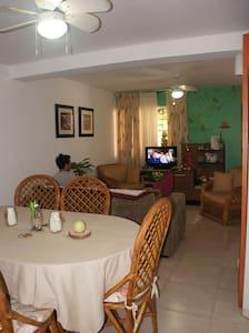 Alojamiento en la Perla del Caribe - Porlamar - Ház