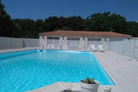 Logement indépendant/Hollyday house - Salles-sur-Mer