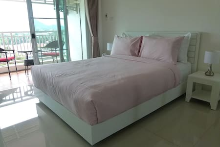 Your Home in the Heart of Hua Hin - Hua Hin - Apartment