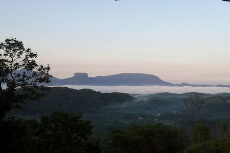 Awesome view and tranquil setting - Kadugannawa - Bed & Breakfast
