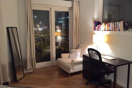 Ensuite Bathroom in Luxury Duplex - Brooklyn - Apartment