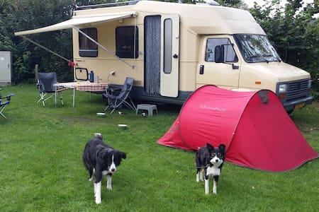 leuke retro camper - Inny