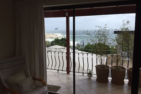 Llandudno Ocean View Apartment - Apartment