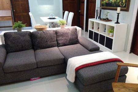 Comfortable & Clean @Daan 3min MRT - Da'an District