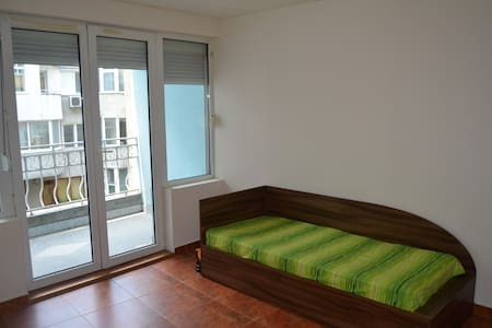 Downtown Studio-Beach 7 min - Apartamento