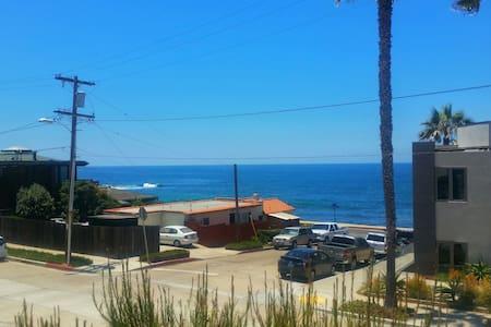 Beach Bungalow Duplex House with Ocean View - San Diego