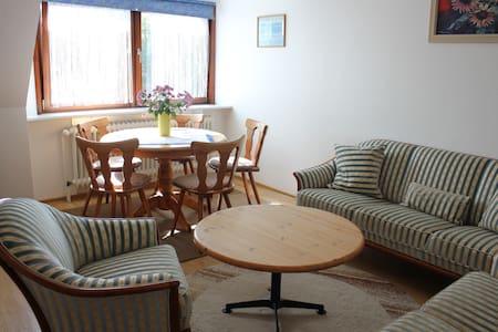 Haus Deblitz - Wohnung 1: Sonnenseite 64m2 - Lejlighed