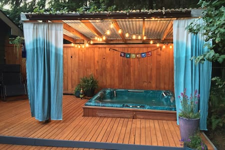 Forest Haven with Hot Tub - Bellingham - Haus