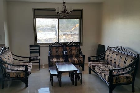 Beautiful 3 Bed ,2 Bath apartment - Ramallah - Leilighet