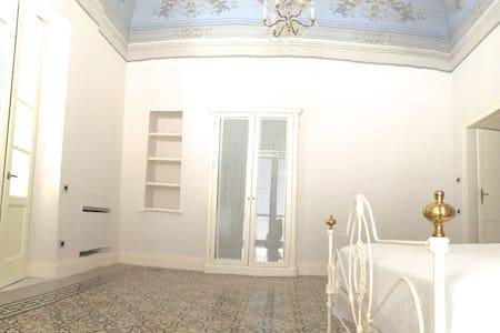 Palazzo Room3, Swimming Pool,Garden,150sqm Terrace - Radhus