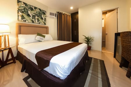 Comfortable and Stylish room near church and mall - Cidade de Mandaue