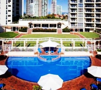 Huge Luxury Resort Apartment (#32) in Main Beach - Main Beach - Appartamento