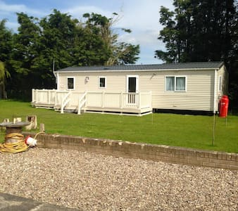 Static Caravan on private garden - Autocaravana