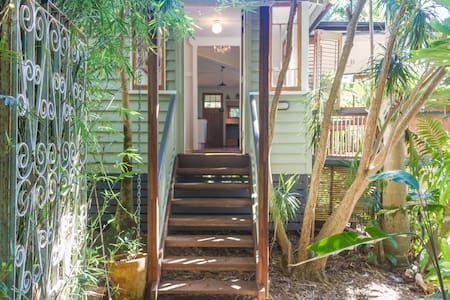Moon Bird Cottage, Byron Bay Hinterland - Talofa - Haus