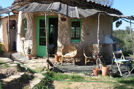 Rural Cob Garden Cottage - Earth House