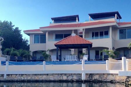 condominium nautica 1 bedroom condo - Condominium