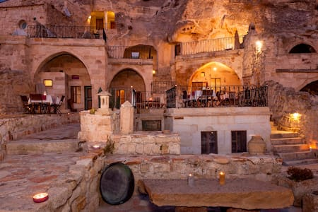 The Cappadocia Hotel - Urgup - Aamiaismajoitus