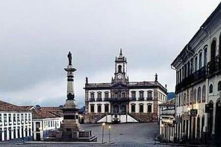 Kitnet no Centro de Ouro Preto - Casa