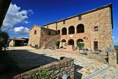 Luxury villa in Tuscany up to 25 people/12 bedroom - Villa