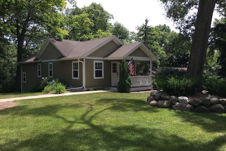 Lake Delavan area with lake access - Casa
