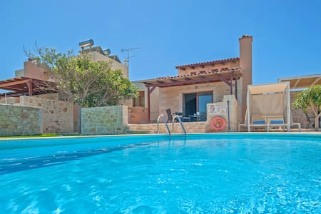 3 bedroom villa with sea view and private pool .T - Stavromenos - Villa