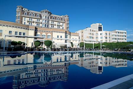 Роскошный пятизвездочный отель! - Schloss