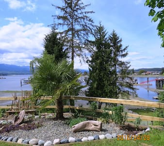 Relax, rejuvenate & recuperate at Deep Bay Retreat - Nanaimo H