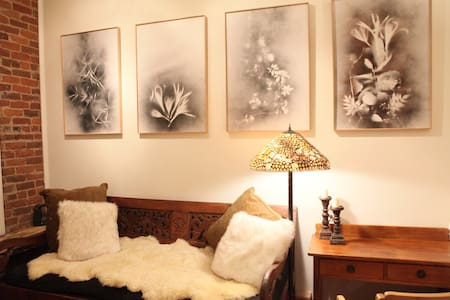 Main Street Charm~close to everything! - Telluride - Apartment
