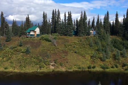 Alaska - a scenic remote bush cabin - Blockhütte