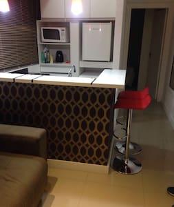 Apto completo com móveis e utensílios. - Porto Alegre - Apartment