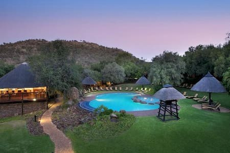 Bakubung Game Reserve 6 sleeper South Africa - Pilanesberg National Park - Chalet