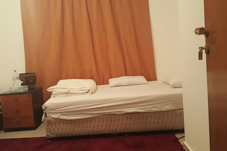 FULLY FURNISHED SEPARATE ROOM 120/N - Appartement