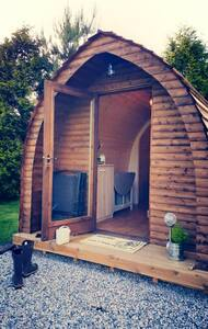 Wooden Pod at Coastal Valley Camp and Crafts - Cornwall - Chalet
