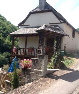 maison de vacance vallée du lot - Ev