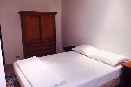 The Apartment (Sleeps 4) - Playa Grande - Lejlighed
