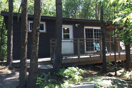 Glenn Burney Lodge Cabin #4 - Kulübe