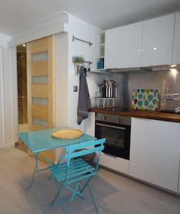 studio charmant ultra centre - Avignon - Apartment