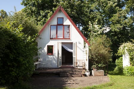 Picturesque living - close to the southern beaches - Ystad V - Casa