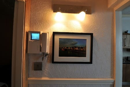 beautiful apartment in the heart of wexford town - Apartment
