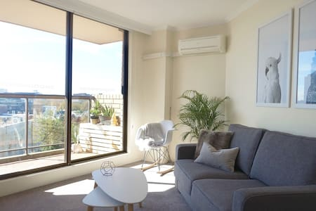 Comfy Designer Darlo View Studio - Apartament