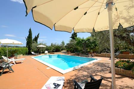 """""""Al terrazzino"""" @ La Casa del Gallo - Apartment"""