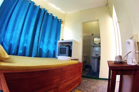 Miller's Guesthouse - single room - Haus