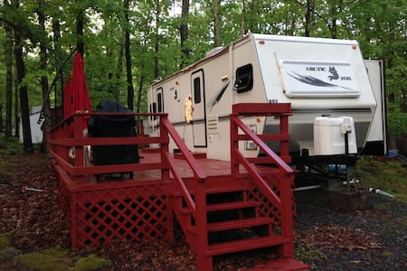 Travel Trailer in Campground with Fun Activities! - Milford - Autocaravana