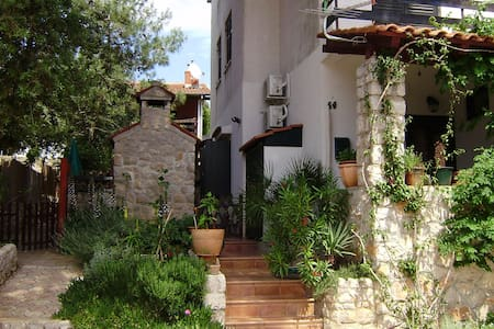 Apartment for 4 on Losinj island - Lejlighed