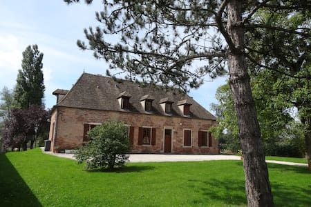 Maison bourgeoise ancienne XVIII° A - Bed & Breakfast