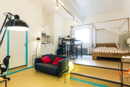 Loftudio, l'esprit loft dans un grand studio - Grenoble